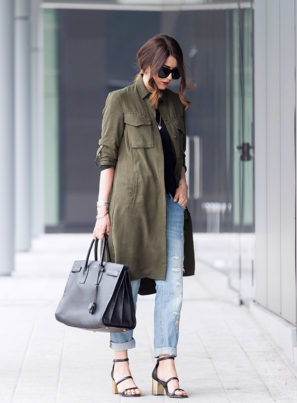 Military Fashion Trend 2015: Nicoletta Reggio is wearing a Zara army green military style coat